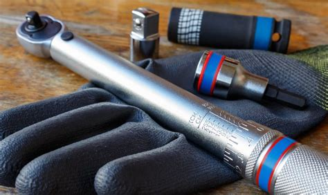 How To Tighten A Nut Without A Wrench Is Used To Apply A Torque