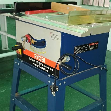 How To Turn On The Ryobi Table Saw