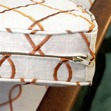 How To Upholster A Cushion With A Zipper
