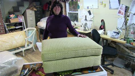 How To Upholster A Cushioned Tray