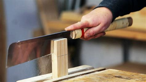 How To Use A Back Saws