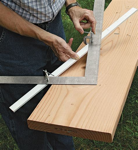 How To Use A Carpenters Square For Making A Stair Stringer