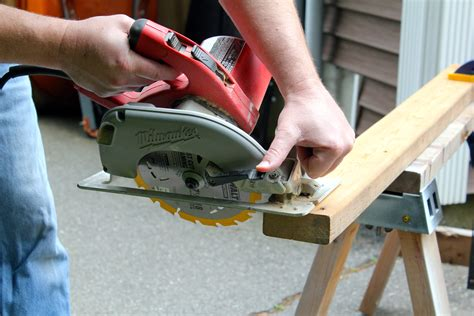 How To Use A Circular Saw Safely Home