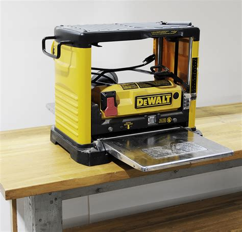 How To Use A Dewalt Dw733 Planer
