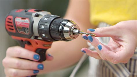 How To Use A Drill Bit In A Power Driver