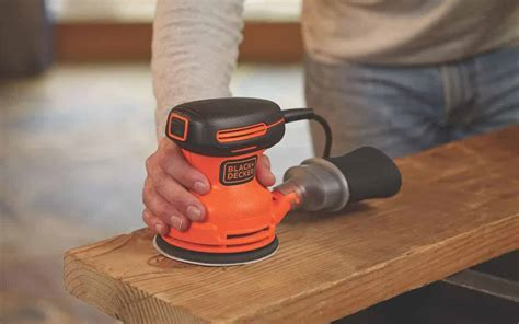 How To Use A Finish Sander