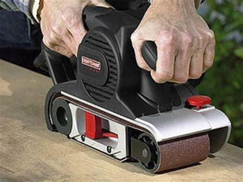 How To Use A Hand Belt Sander