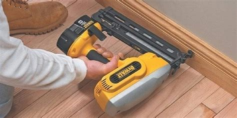 How To Use A Nail Gun On Baseboard