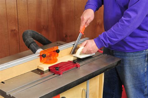 How To Use A Router Table To Make Signs