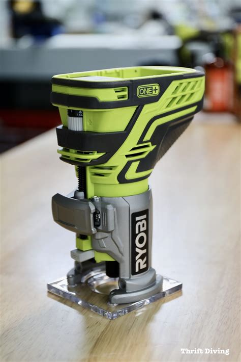 How To Use A Ryobi Trim Router