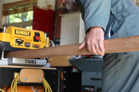 How To Use A Thickness Planer Video
