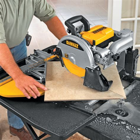 How To Use A Wet Tile Saw Dewalt