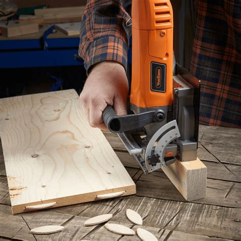 How To Use A Wood Biscuit Cutter