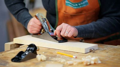 How To Use A Wood Planers
