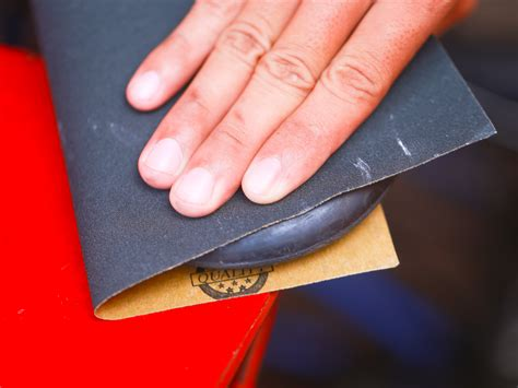 How To Use Sandpaper On Wood