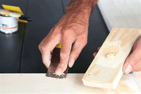 How To Use Wood Filler Before Painting