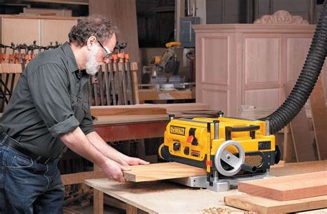 How To Use Wood Planer Machines
