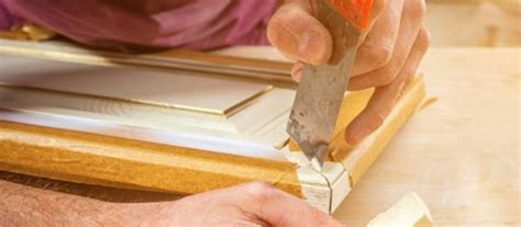 How To Use Wood Putty On Frames