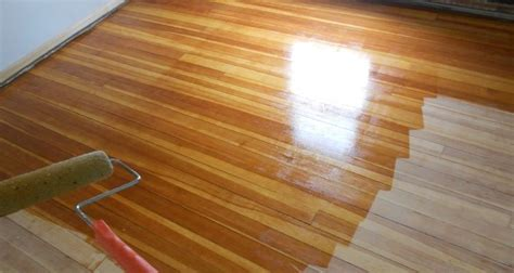 How To Wax Finish Wood