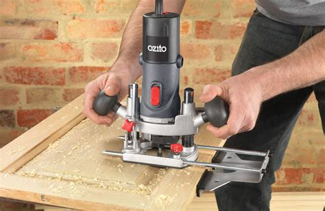 How To Work A Wood Router