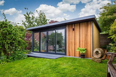 How to build a backyard office.aspx Image
