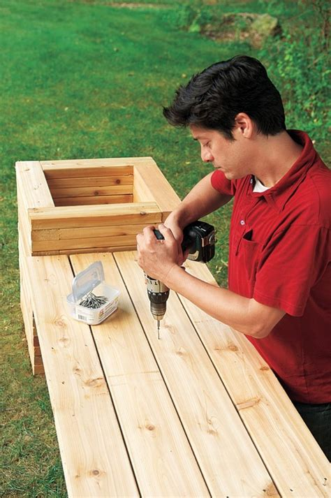 How to build a planter bench yourself Image