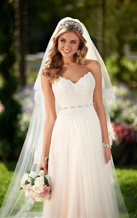 How To Find The Perfect Wedding Dresses & A-Line Wedding Gown