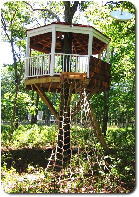 How-To-Build-A-Treehouse-Diy