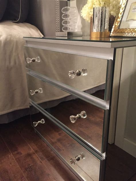 How-To-Diy-Mirrored-Furniture
