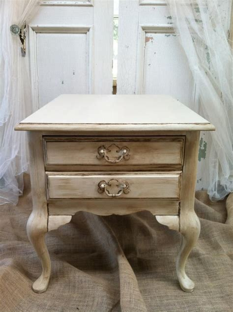How-To-Diy-Redo-Queen-Anne-Table