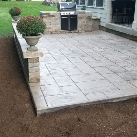 How-To-Diy-Stamped-Concrete-Patio