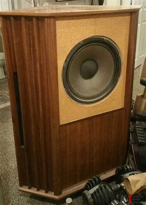 How-To-Diy-Tannoy-Cabinet