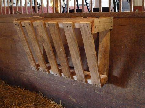 How-To-Make-A-Diy-Hay-Rack