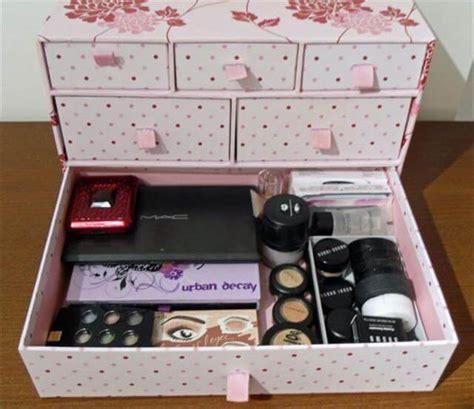 How-To-Make-A-Makeup-Box-Diy