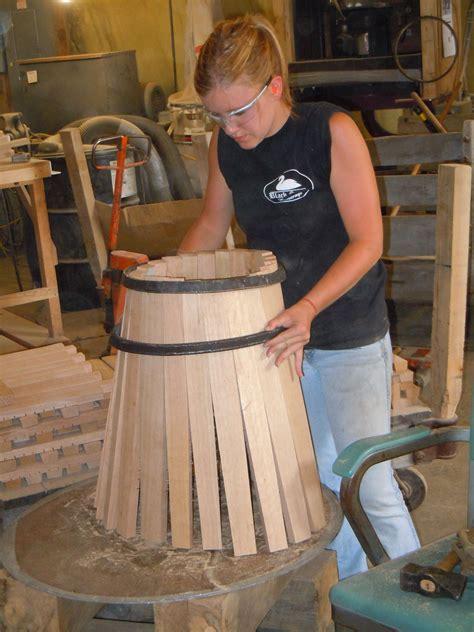 How-To-Make-A-Wood-Barrel-Diy