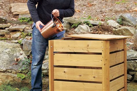 How-To-Make-An-Easy-Diy-Compost-Bin