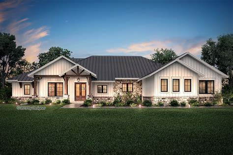 Huge Ranch Style Farmhouse Plans