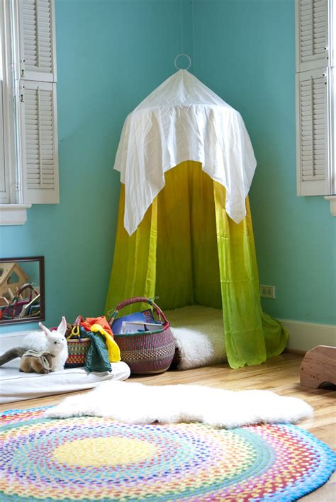 Hula Hoop Reading Nook Diy