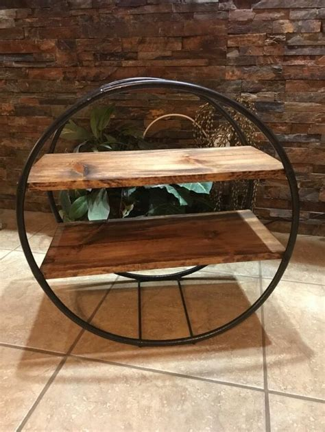 Hula-Hoop-Shelf-Diy
