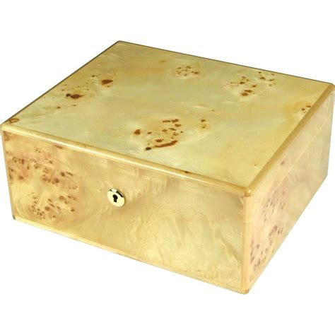 Humidor-Woodworking-Maple