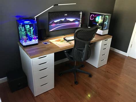 Ikea-Hack-Gaming-Desk-Reddit-Diy-Setup