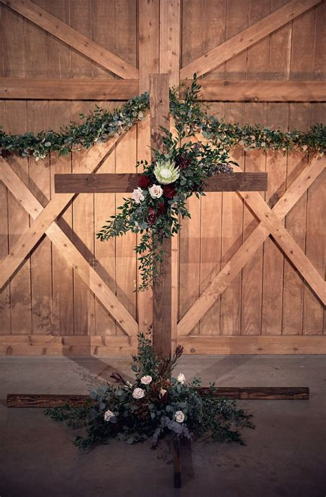 Indoor Diy Wedding Altars With Cross