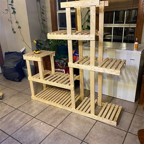 Indoor Free Wood Plant Stand Plans