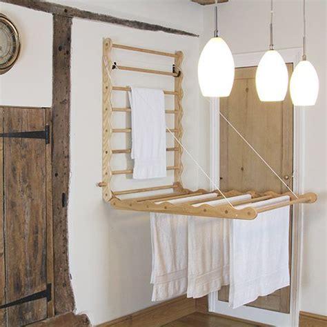 Indoor-Clothes-Dryer-Spin-Rack-Diy