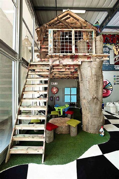 Indoor-Treehouse-Diy