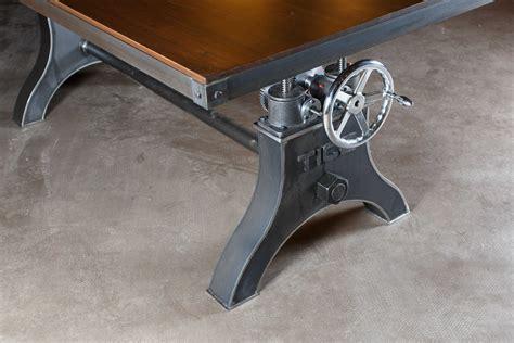 Industrial-Crank-Table-Diy
