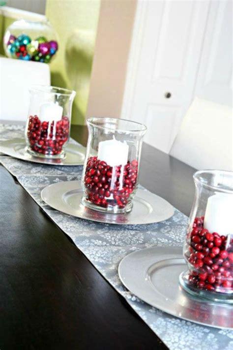 Inexpensive-Diy-Christmas-Table-Centerpiece-Ideas