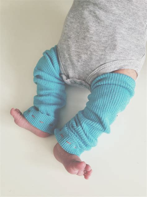 Infant-Leg-Warmers-Diy