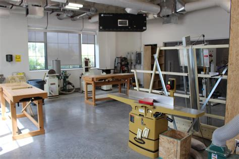 Innovative-Woodworking-Shops