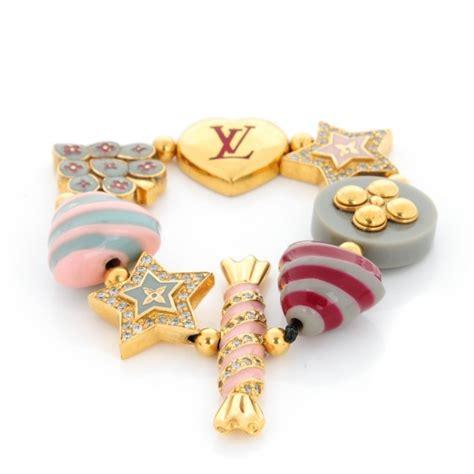 Interesting Louis Vuitton Tutti Sweety Fashion Jewelry Collection